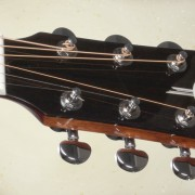 sta200nt_front_headstock_34